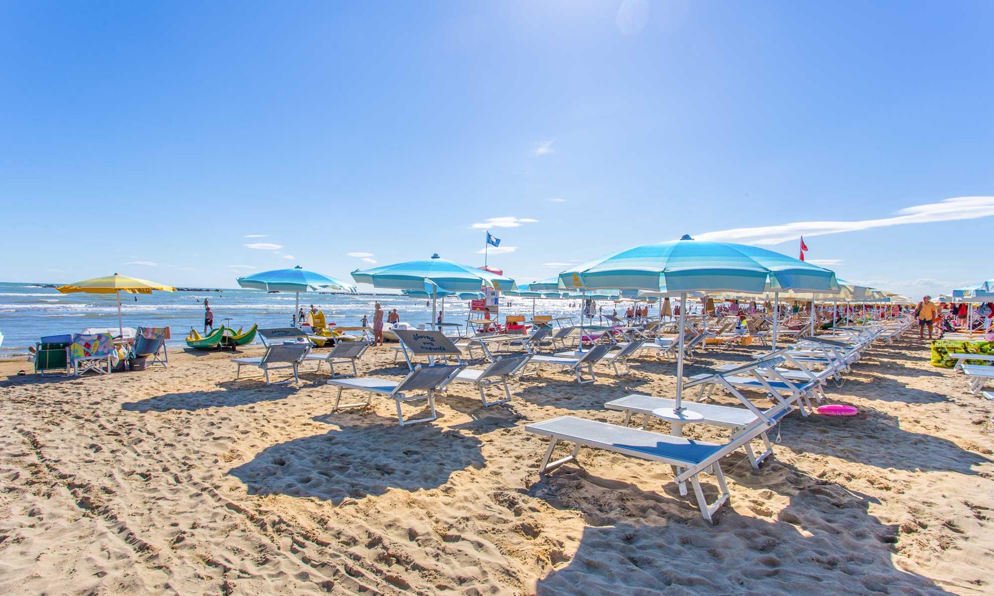 Foto Divertenti Bambini Al Mare spiaggia di cesenatico: dove andare al mare - riviera romagnola